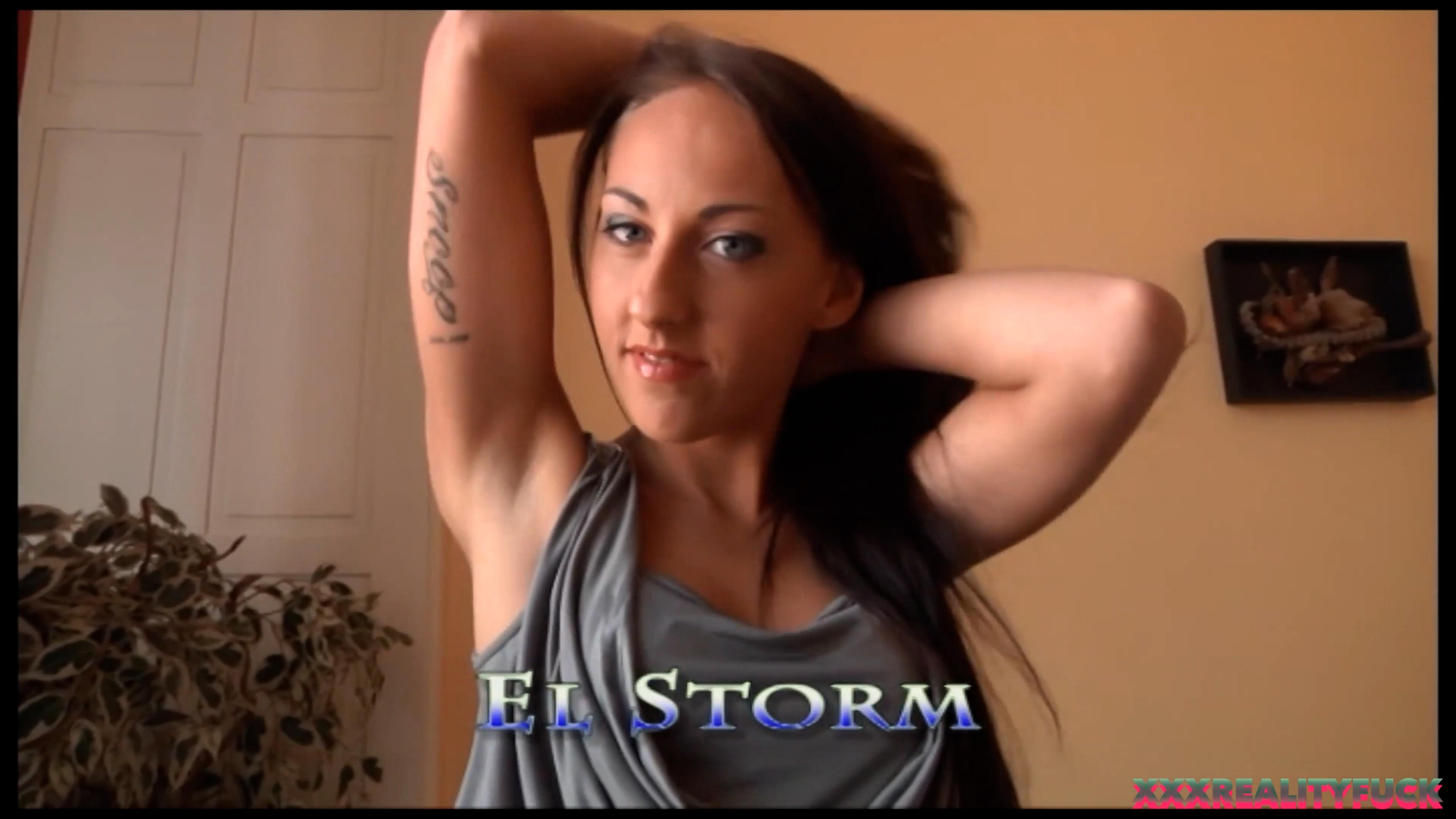 El Storm Fucks a Fanboy